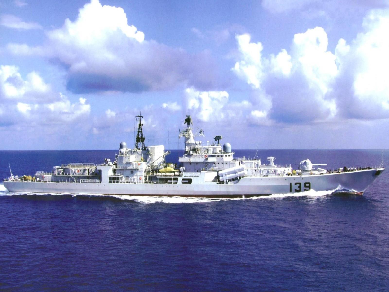 高清屏海军舰艇桌面壁纸