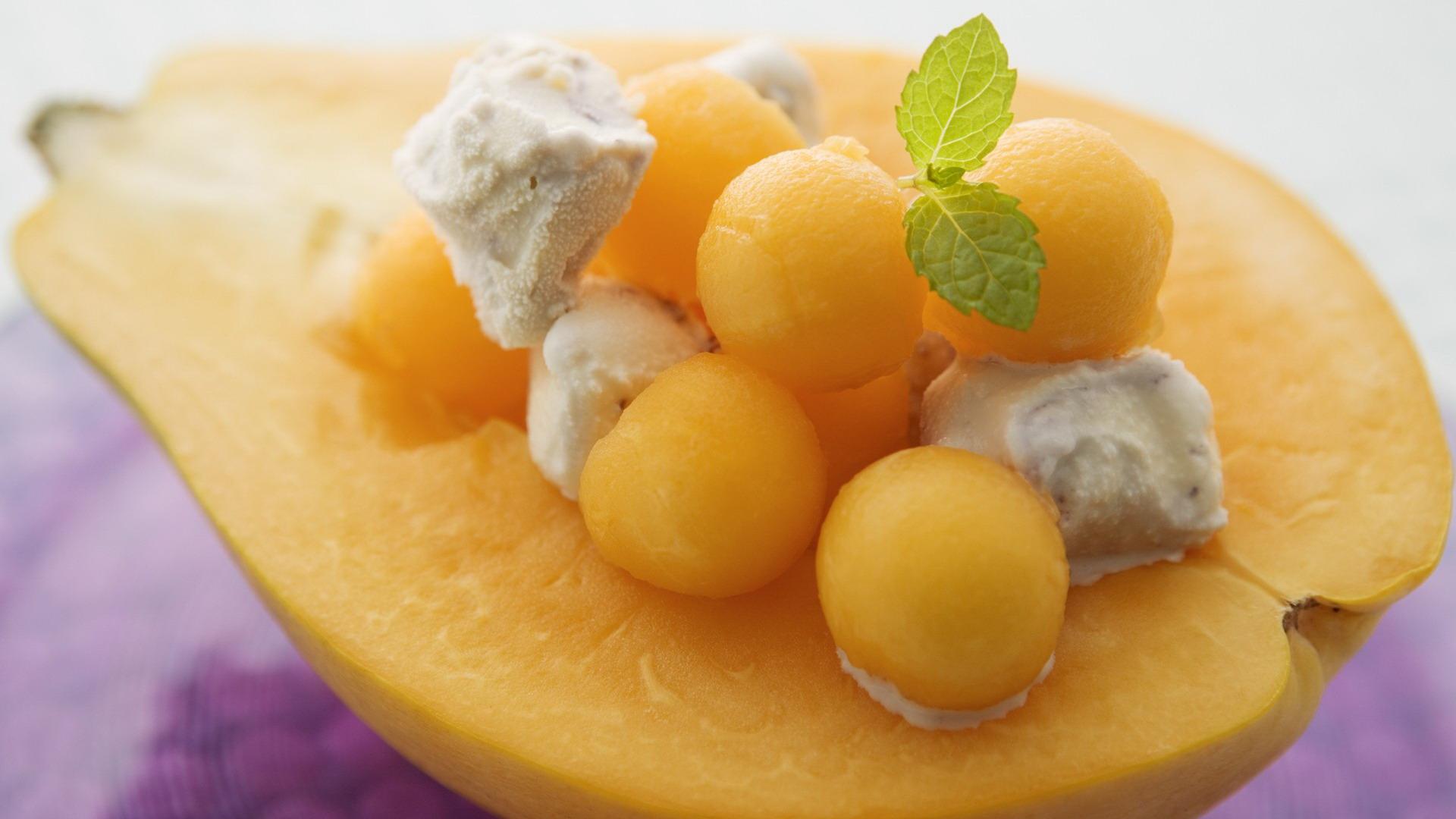 木瓜雪糕图片; 木瓜雪糕~; 水果甜点 分辨率1366x768-所有壁纸