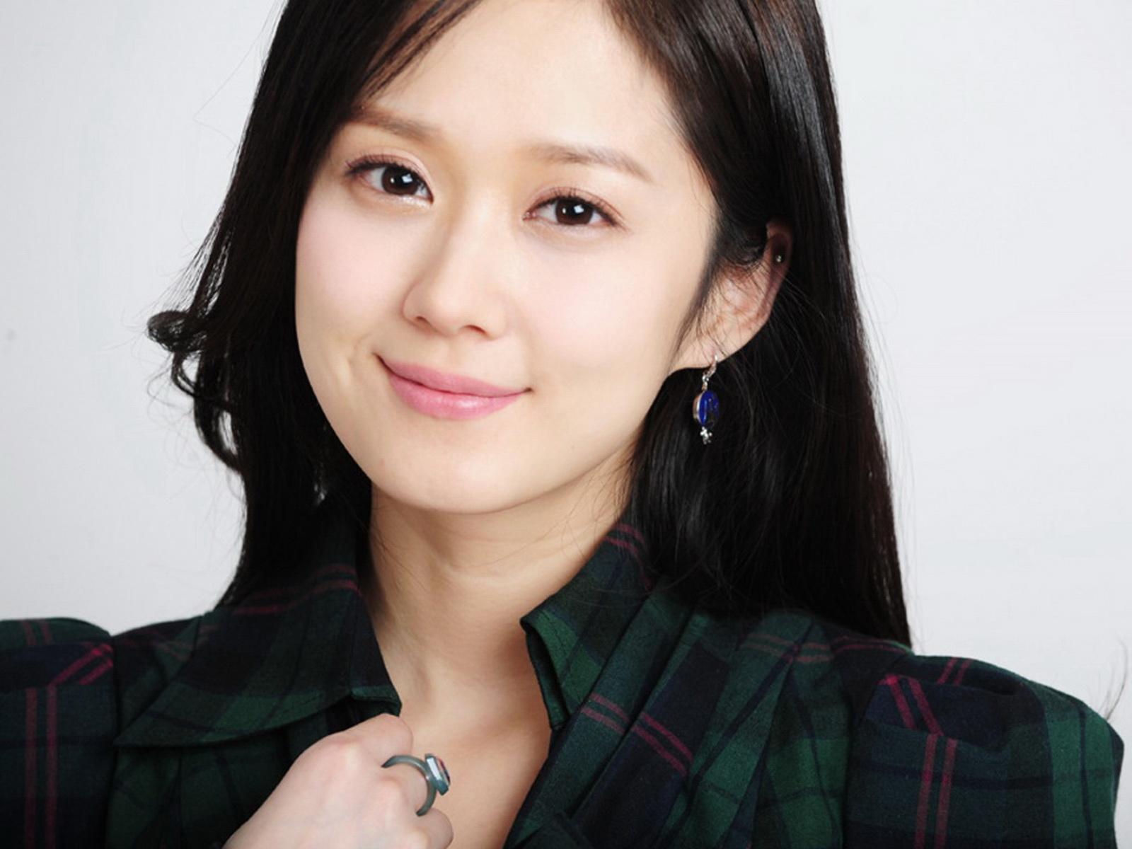 韩国女明星 张娜拉031600x1200壁纸