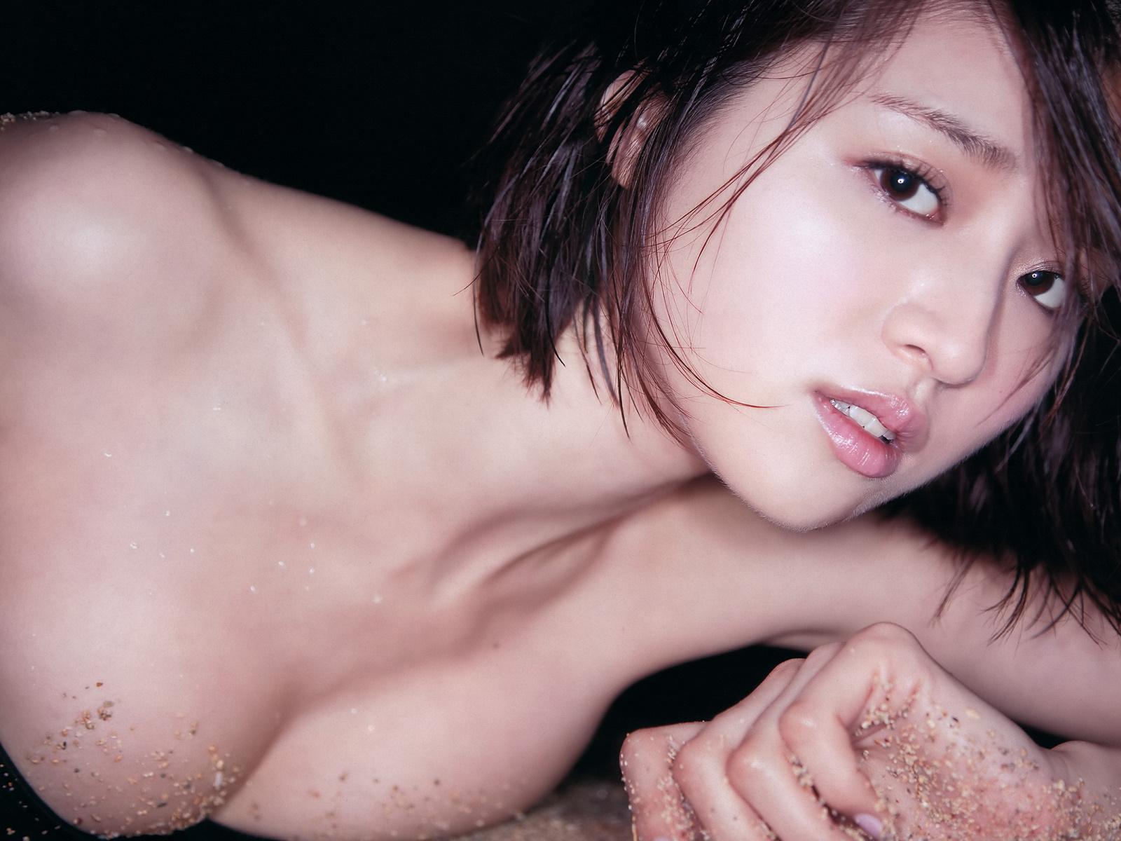 日本女明星铃木千奈美(1600x1200) -壁纸大卡